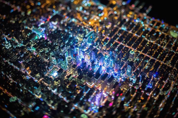 """摄影师乘直升机夜袭纽约 拍摄绝美""""电路板""""奇景[1]- 中国日报网"""