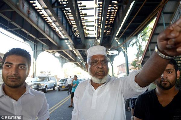 """特朗普言论引发""""仇恨犯罪""""?纽约闹市两名穆斯林被当街枪杀 - 中国日报网"""