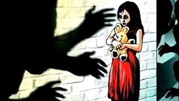 美国兽父4年来每周强奸女儿数次 拒不认罪获刑1503年 - 中国日报网