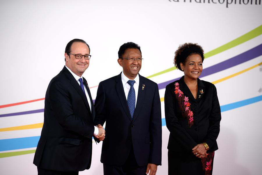 法国总统奥朗德呼吁给古巴一个重返国际社会的机会[1]- 中国日报网