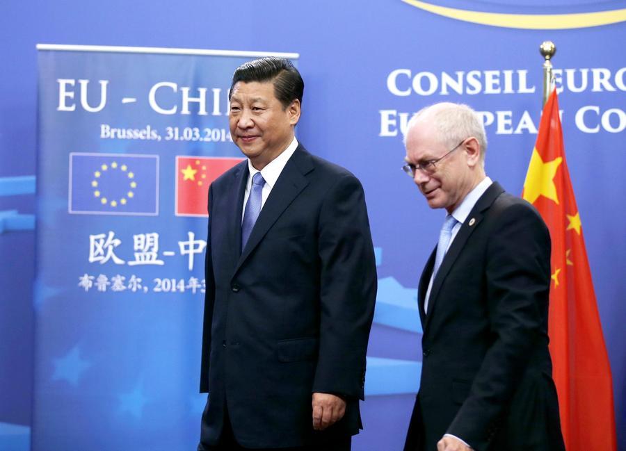 xi主席出国保镖视频_习近平分别会见范龙佩、舒尔茨和巴罗佐[2]- 中国日报网