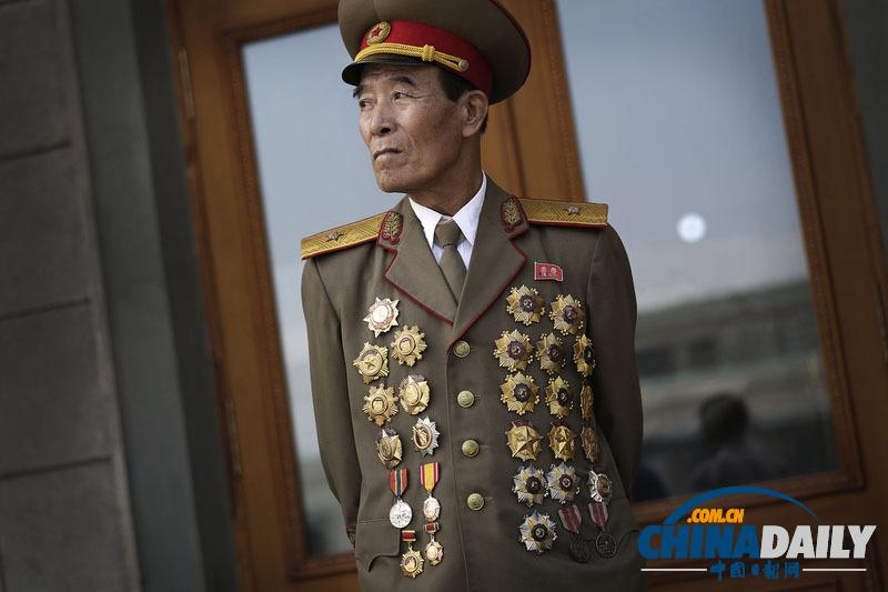 朝鲜大规模庆祝停战61周年 金正恩向先辈致敬