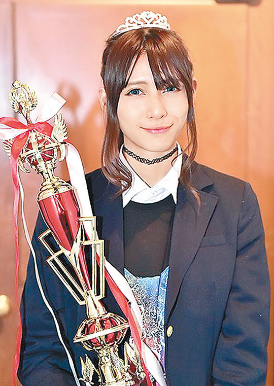 """日关西美少女当选""""日本最可爱女高中生"""""""