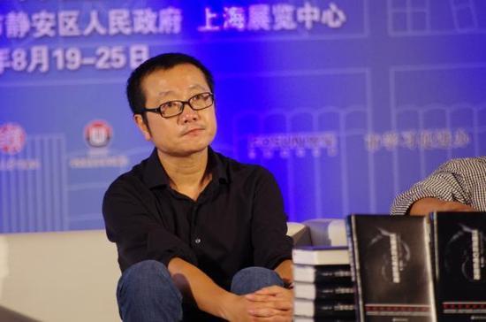 """刘慈欣《三体》获""""雨果奖"""" 为中国作家首次"""