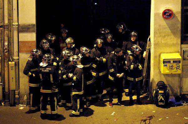 巴黎 事件 克兰/巴黎恐怖袭击现场的警察。(图片:路透社)
