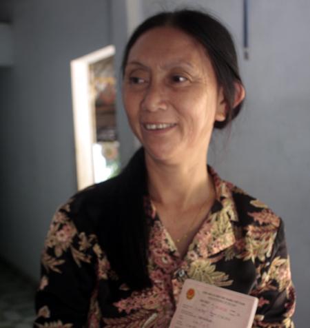 被卖到中国的越南女人22年后携夫返乡探亲