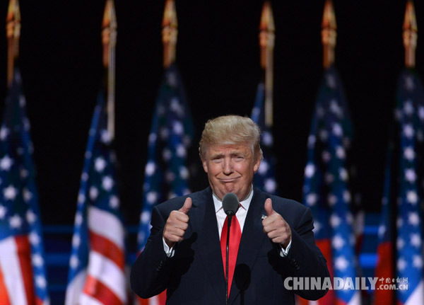 """""""大嘴""""特朗普成弃牌?逾70名共和党人呼吁放弃总统大选"""