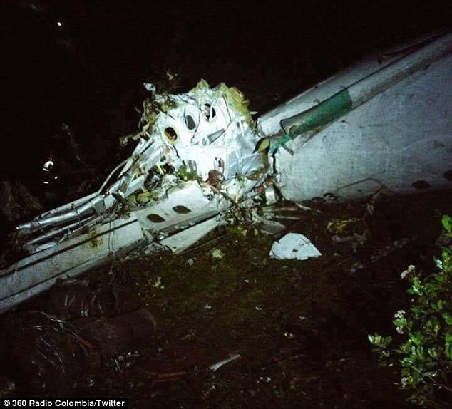 载有巴西足球队员的飞机坠毁