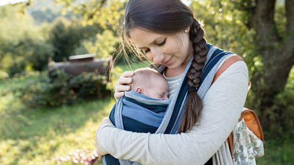 最新研究:女子怀孕后大脑灰质减少 有助于亲近宝宝