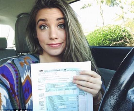 23岁的贝伦·思萨是美国亚利桑那州的大学生