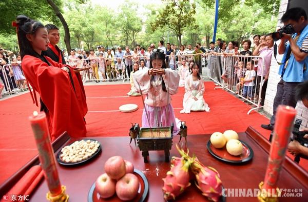 可口的美食、独特的文化、有趣的历史……老外因为这些喜欢中国
