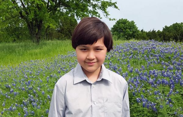 美天才少年2岁熟读英语韩语书籍 12岁考取康奈尔大学